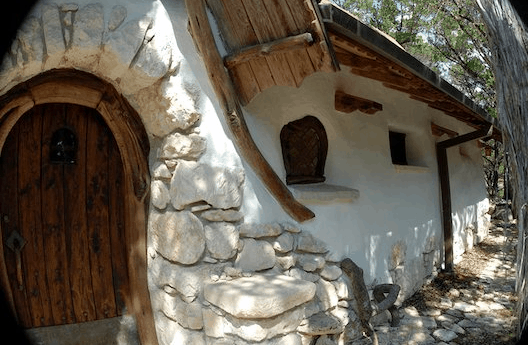 My cob house obsessions isavea2z cob house in texas fandeluxe Image collections