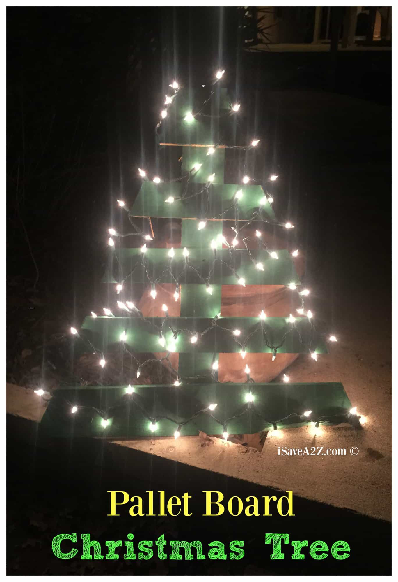 DIY Pallet Board Christmas Tree Idea