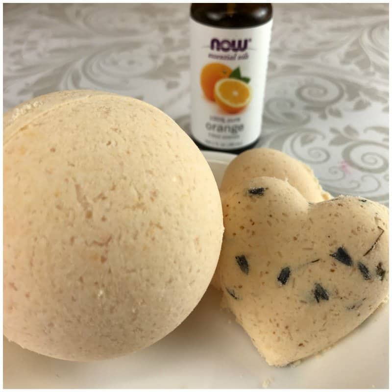 Homemade Fizzy Bath Bombs