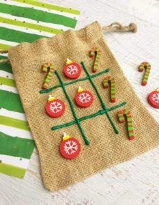 Christmas Tic Tac Toe Stocking Stuffer Craft Idea