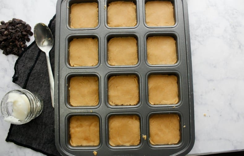 Low Carb Chocolate Peanut Butter Bars Recipe