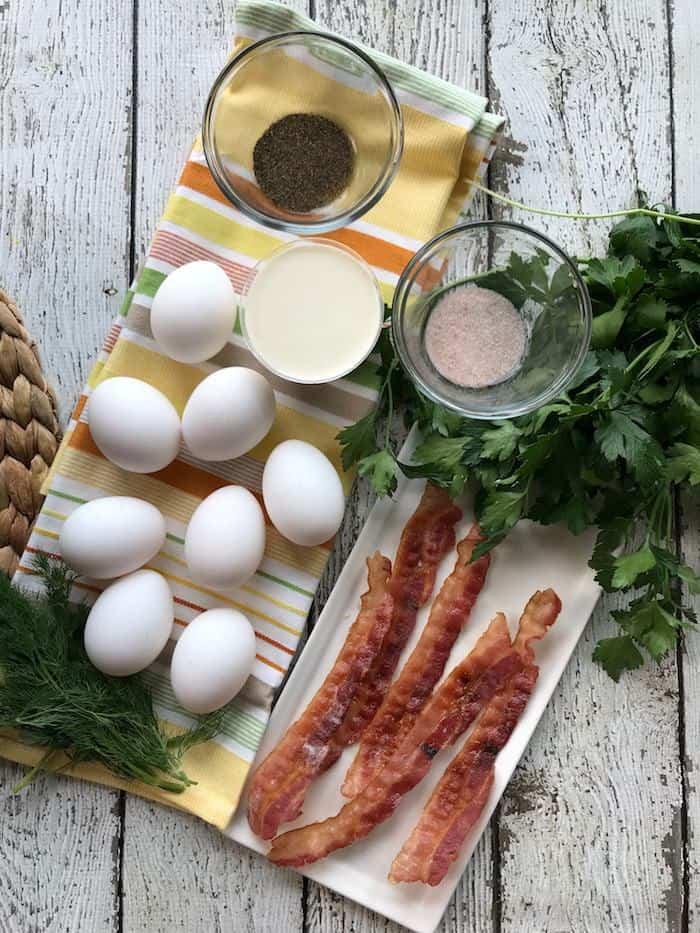 Creamy Keto Skillet Eggs Recipe