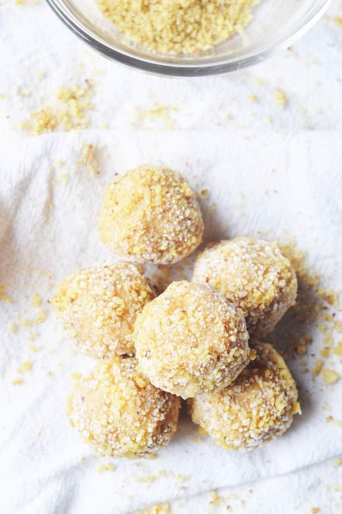 Keto Peanut Butter Fat Bombs Recipe